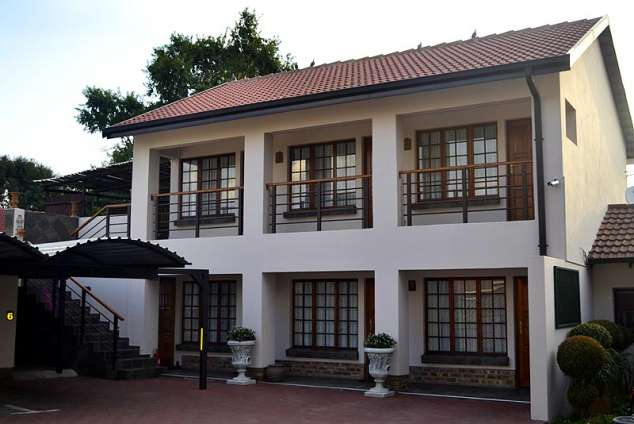 Lavender lane guest house witbank accommodation witbank for Guest house models