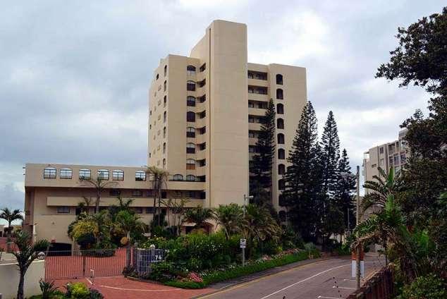 1/19 - Self Catering Beachfront Apartment Accommodation in Umhlanga Rocks