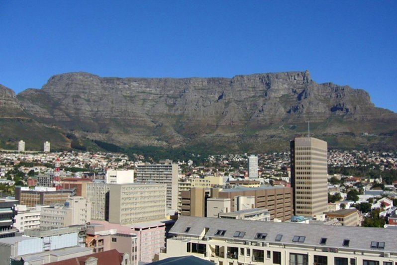 Table Mountain view from lounge and main bedroom