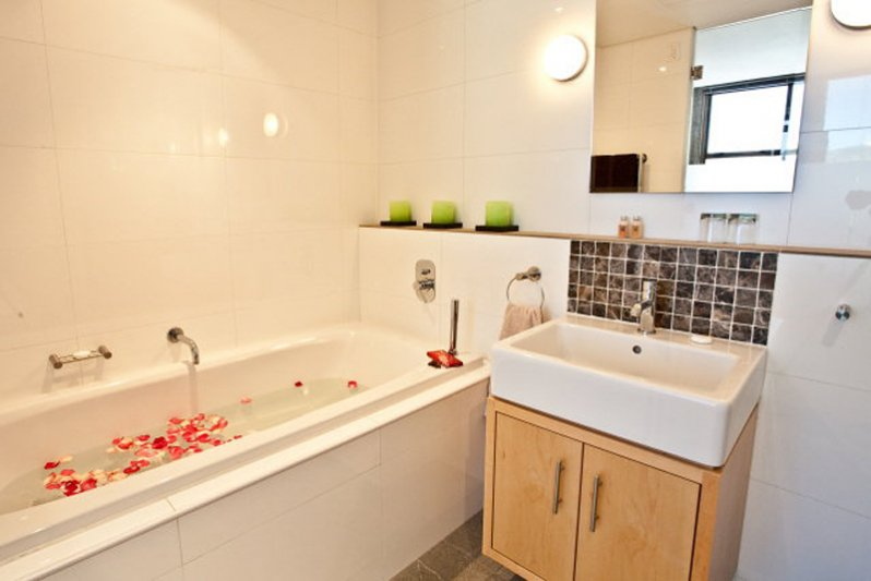 Ensuite bathroom, includes shower and toilet.