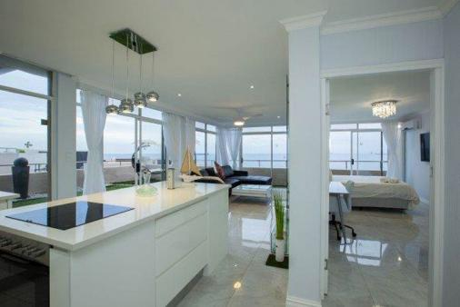 1/30 - Luxury seaside apartment - Self Catering Apartment Accommodation in Umhlanga Rocks