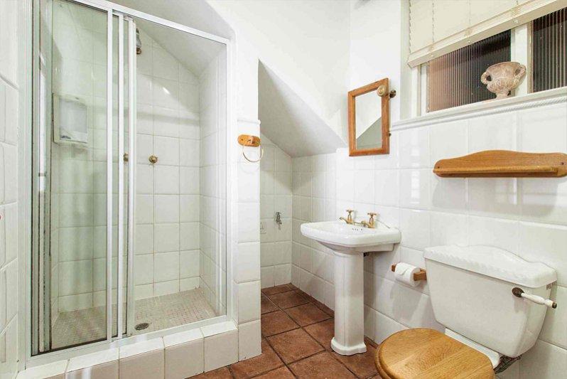 Penguin Bathroom