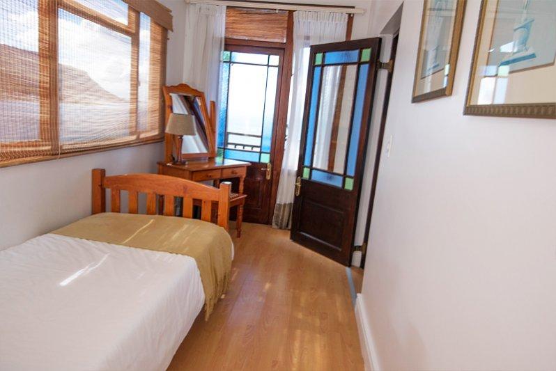 Beluga Bedroom 2