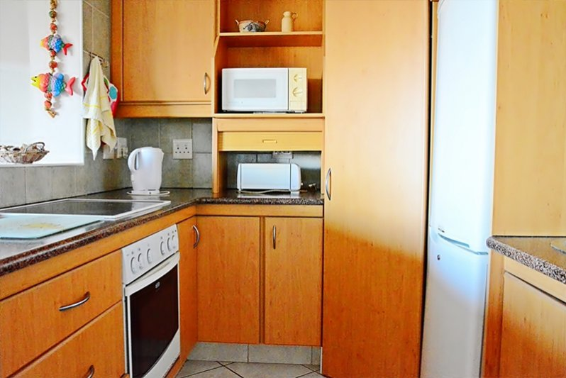 Part of fully equipped kitchen