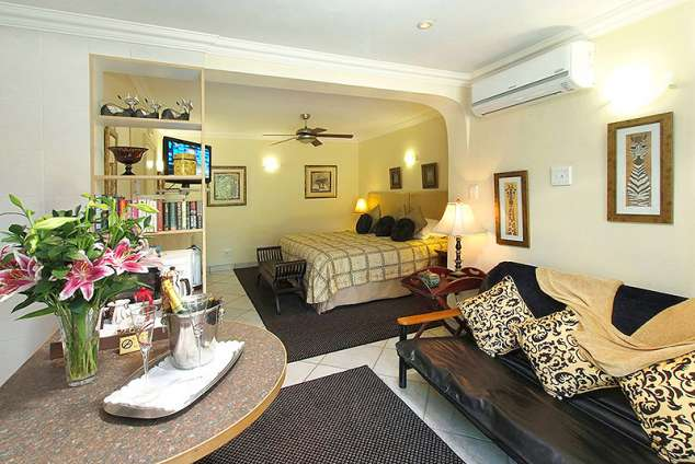 Accommodation Umhlanga Rocks Bed And Breakfast
