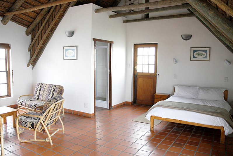 Upstairs bedroom/lounge