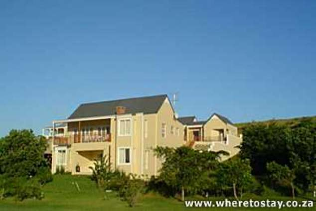 1/8 - View of Ashford House from golf course - Self Catering House in Prince's Grant