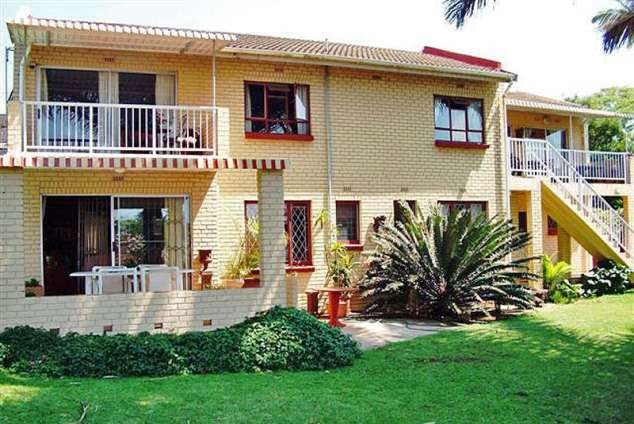 1/8 - Baroque Bed & Breakfast - Bnb accommodation in Blythedale Beach