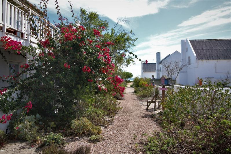 Villa and Cottage Walkway to beach