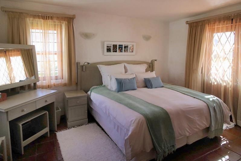 Villa Main Bedroom King Size bed