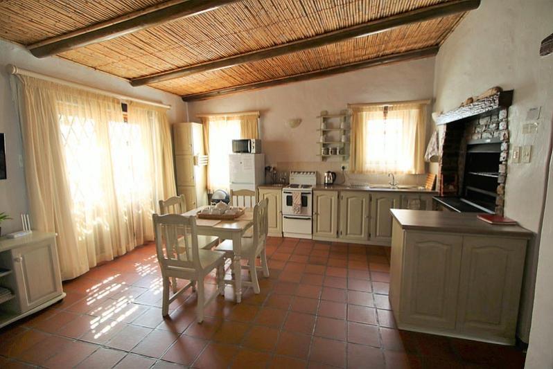 Cottage Dining Room / Kitchen