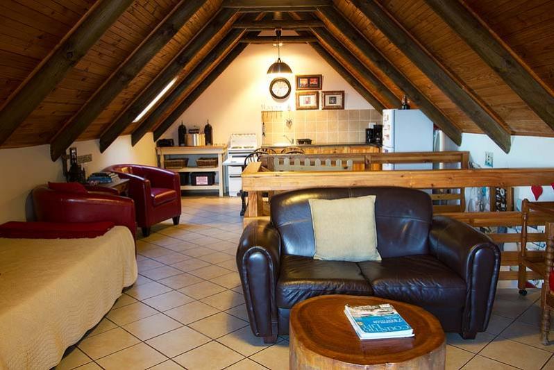 Openplan lounge area