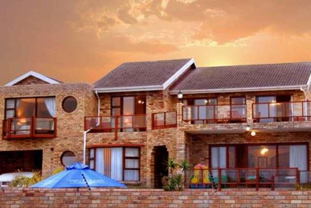 1/8 - Star Graded Bed & Breakfast Accommodation in Bluewater Bay, Port Elizabeth