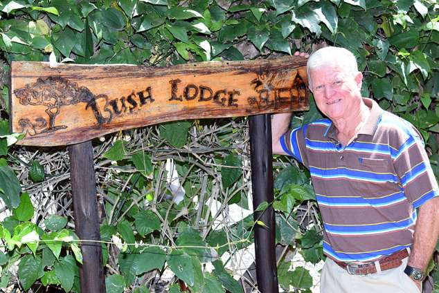 1/20 - Bush Lodge - Self Catering Cottage accommodation in Clansthal
