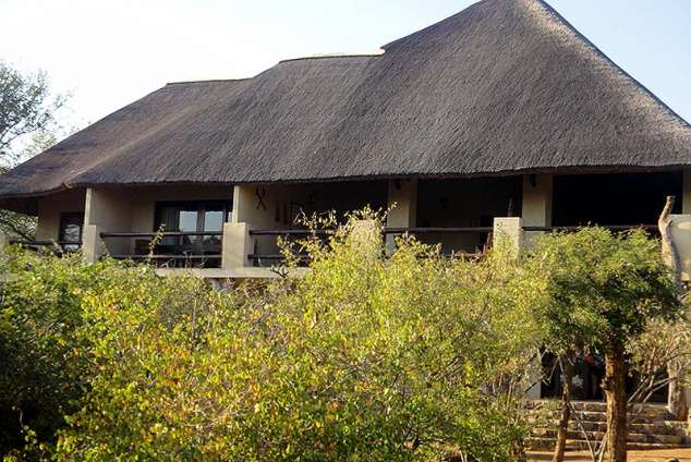 1/24 - Front view of Bushwise Safaris, facing the Kruger Park and the Crocodile river