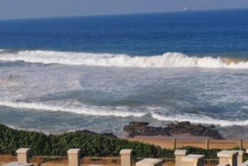 1/23 - view from Sonnelus - Self Catering Beachfront Accommodation in Umdloti Beach