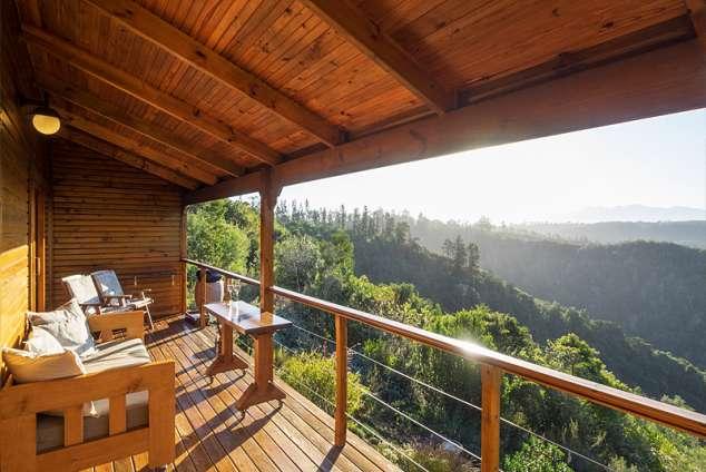 1/20 - Cliffedge cottage deck