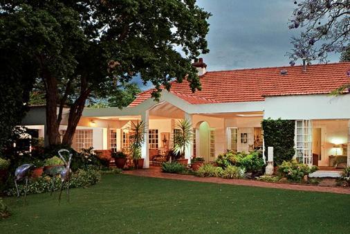 1/11 - Main House