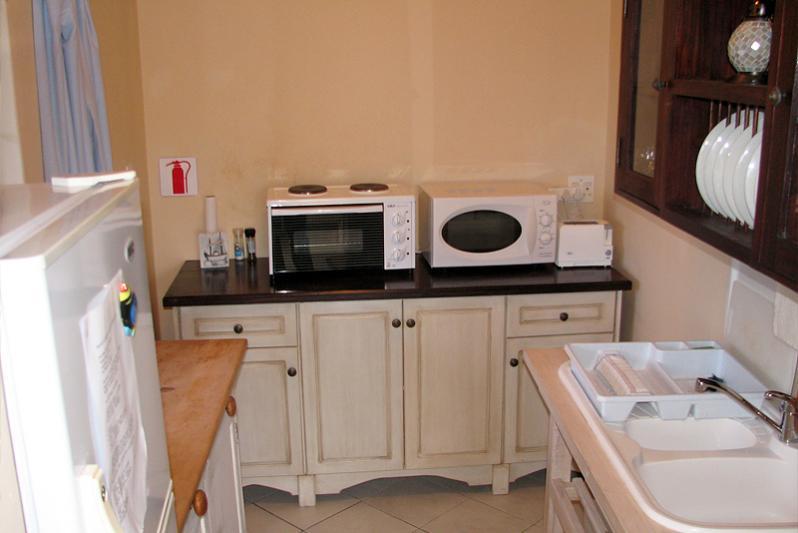 Pool suite, kitchenette