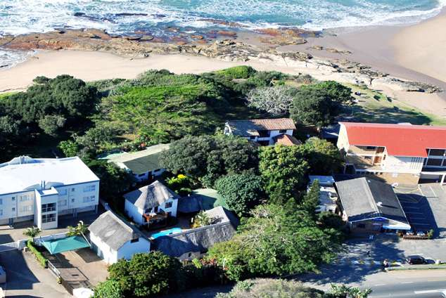 1/11 - aerial view - Self Catering Beachfront in Shelly Beach, South Coast