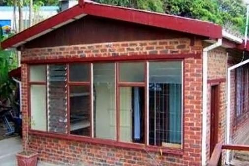 1/9 - Front View - Familie Nes, Self Catering House in Pennington, South Coast