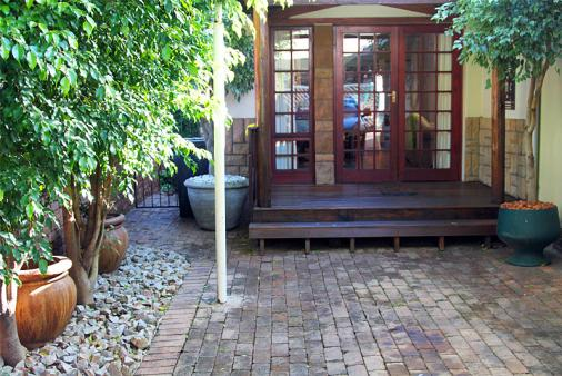 1/20 - Gratia Cottage Front Entrance