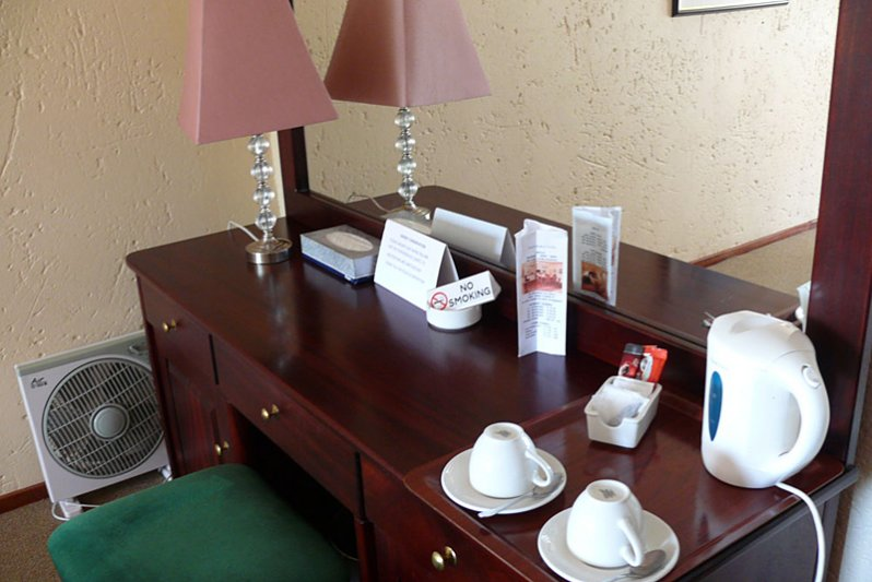 Standard Single/Double Room Dressing Table