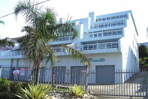 1/10 - Front view of La Mouette - Self Catering Apartment Accommodation in Uvongo, South Coast