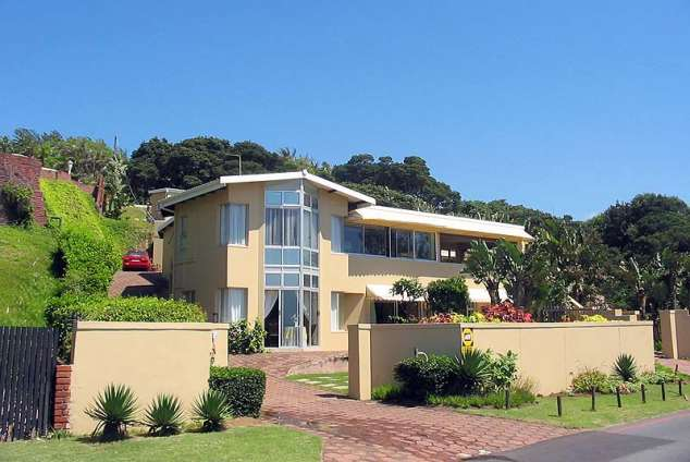 1/18 - Lalaphansi Self Catering Apartments - Umdloti Beach Self Catering Holiday Accommodation