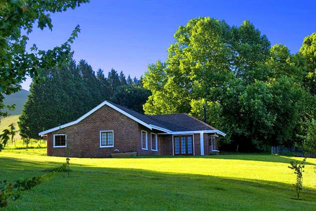 1/8 - Lions River Country Cottages - Self Catering Cottage accommodation in Dargle
