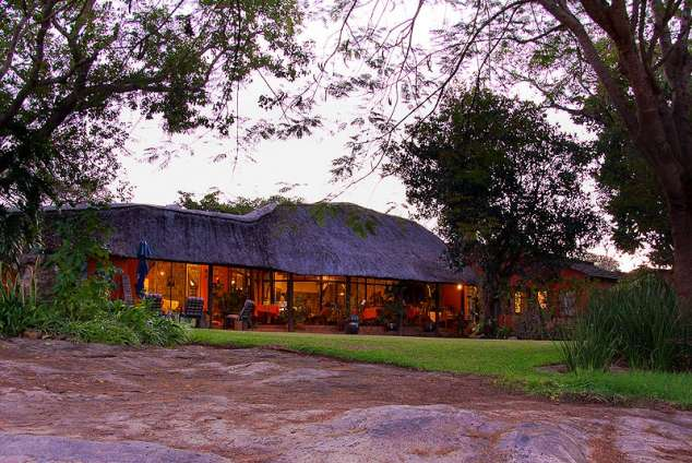 1/11 - Lions Rock Golf Lodge - Bed & Breakfast Accommodation in Hazyview, Mpumalanga