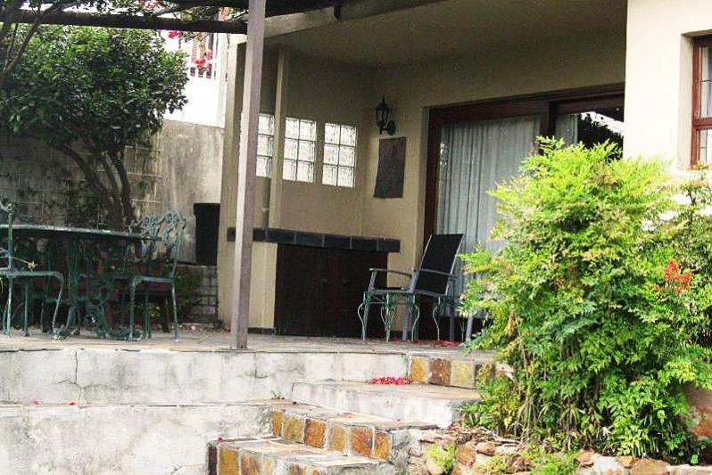 patio from garden