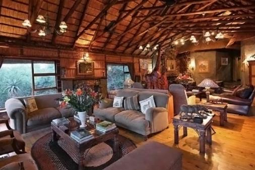 1/12 - Mkuze Falls Game Lodge - Game Reserve Accommodation in Magudu