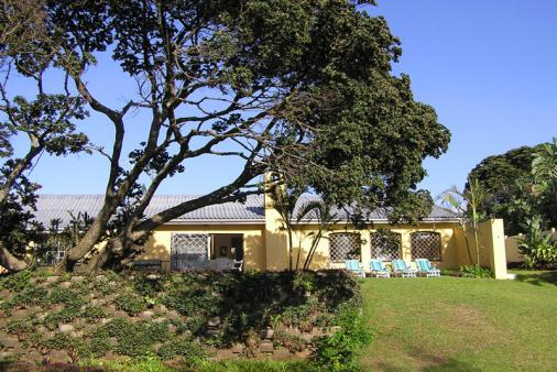 1/19 - Self Catering Beachfront Accommodation in Zinkwazi Beach, North Coast