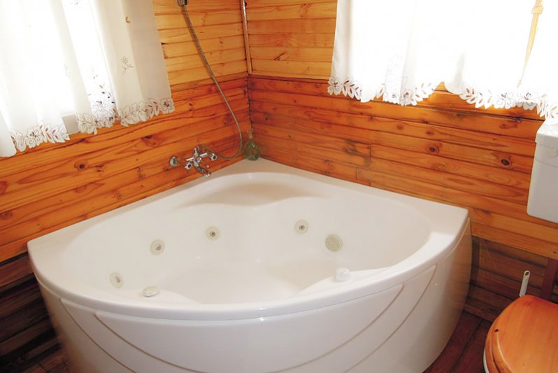 Cottage 6 Nebulous Sky's Bathroom