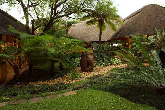 1/9 - Pongola Country Lodge - Hotel Accommodation in Pongola