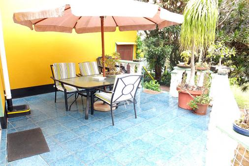 1/15 - Main Cottage - Bed & Breakfast Accommodation in Queensburgh, Durban