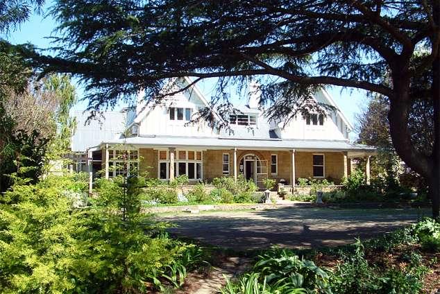 1/12 - Main House