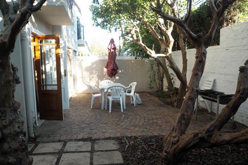 1/11 - Outside Area with braai