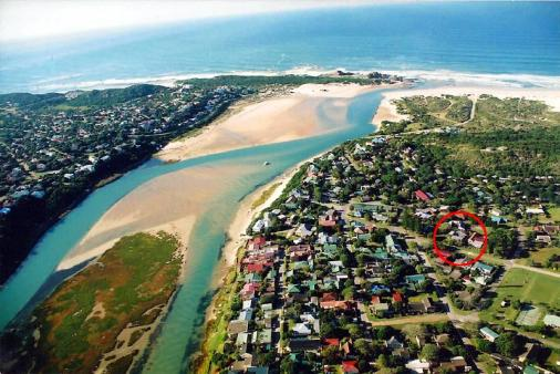 1/25 - 100 metres from the shop and 300 metres from the boat slipway and river beach