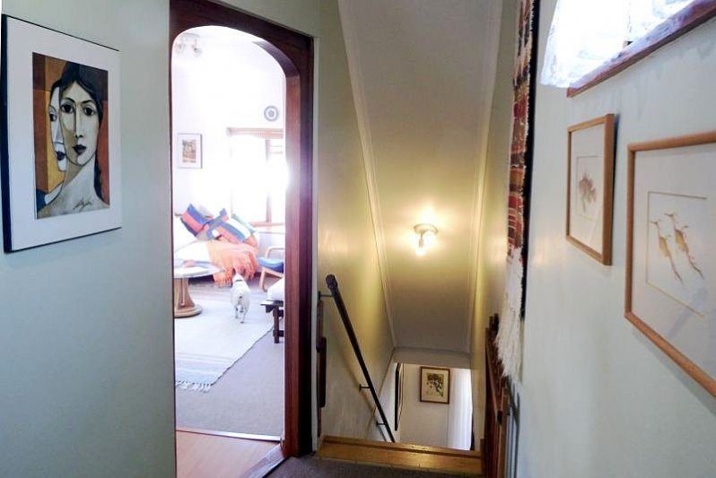 UPSTAIRS from passage into lounge & down stairs
