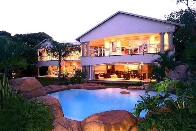 1/9 - uShaka Manor Guest House - Guest House Accommodation in Umhlanga Rocks