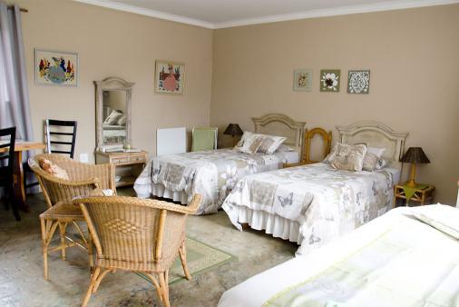 1/20 - Kiewiet : spacIous room