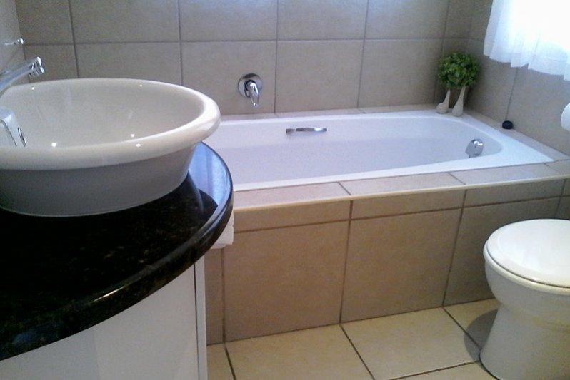 Bathroom King-bedroom