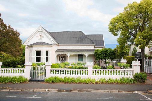 1/8 - Property Front Facade