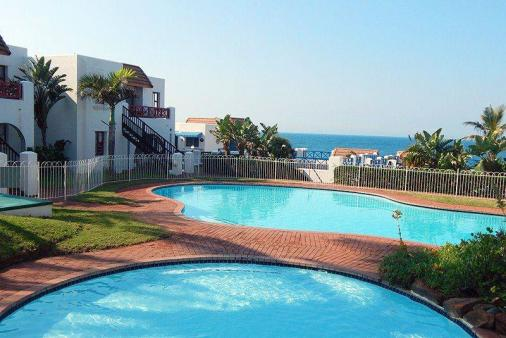 1/12 - Limited ocean views and pools on doorstep - Le Paradis 10, Self Catering Apartment Ballito