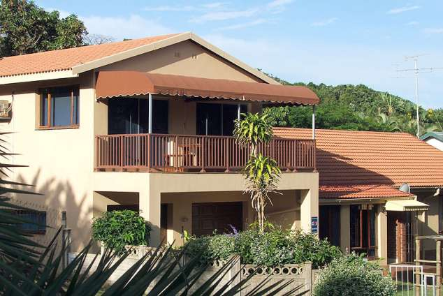 1/8 - Jubula Bed & Breakfast - Bed & Breakfast accommodation in Blythedale Beach