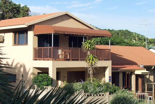 1/8 - Jubula Bed & Breakfast - Bed & Breakfast accommodation in Blythedale Beach