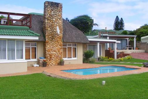 1/8 - Crayfish Inn - Self Catering House in Port Edward, South Coast