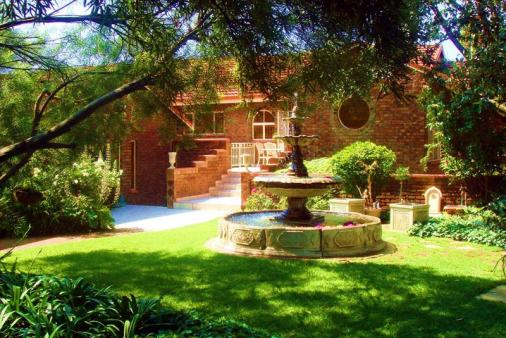 1/8 - Accommodation in the heart of Mpumalanga.